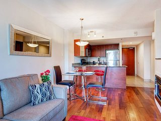 1503 SFX · CONDO IN OLD MONTREAL