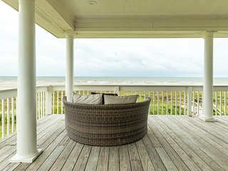 Waterfront home w/ wraparound deck, patio, & private beach access - two dogs OK!