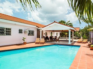 Villa Tropical Dream, private pool, near best beaches of Curacao
