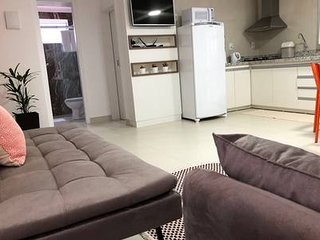 LINDO APARTAMENTO FAMILIAR- 02 DORMITORIOS- CENTRAL - PROXIMO AO MAR - AP 06 !!!