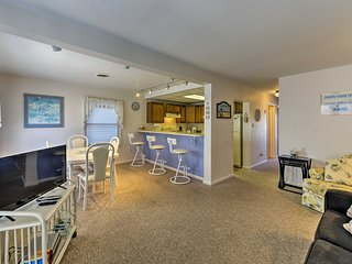 Seaside Heights Condo w/Deck - Walk to Boardwalk!