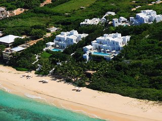 Sand Villa Anguilla:On the Beach Luxury. Pool, Hot Tub, AC, Butler & Concierge.
