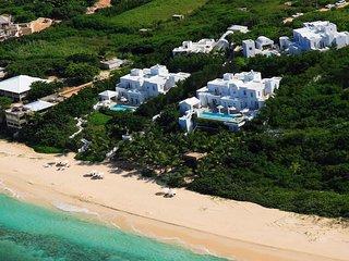 Sand Villa Anguilla:On the Beach Luxury. Pool, Hot Tub, AC, Butler & Concierge.