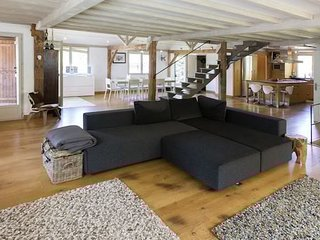 Large Modern Villa for 10 Talloires nr Lake