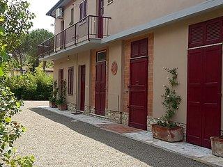 La Casa 123 in tuscan style, near Pisa Tower and Casa di Cura San Rossore