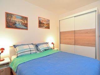 Apartment 1002