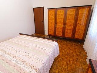 Apartment 3550