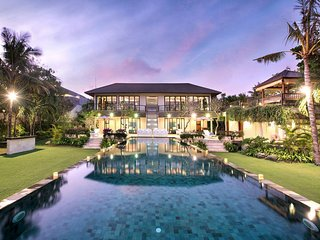 VILLA SAUJANA CLIFF FRONT ESTATE, STUNNING 6 BED VILLA, IDEAL FOR WEDDINGS