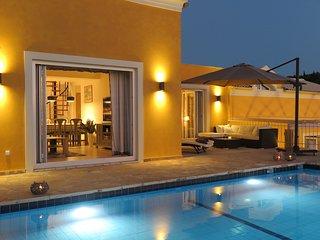 Arillas Hillside Villa 3