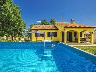 3 bedroom Villa in Santalezi, Istria, Croatia : ref 5678974