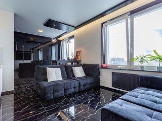 hth24 apartments Kremenchukskaya 11