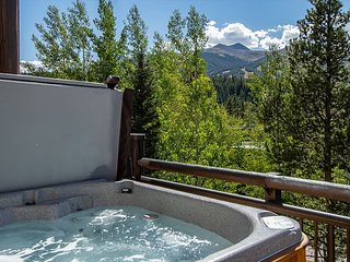 Corral at Breckenridge 303W Condo Hot Tub Downtown Breckenridge Lodging