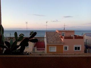 Gredas y Mar · Bolnuevo; appartement aan strand en zee