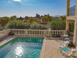 Luxurious apartment / 80m² / Heated swimming pool / View / 44m² Terrace / 6 pe