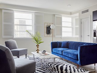 Sophisticated 2BR-B on Canal Street by Sonder