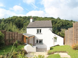 Peacock Cottage, Forest of Dean, Wye Valley, Gloucestershire, Sleeps 4