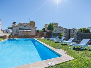 Neus Bara I, wifi, jadin y piscina privada.