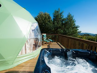 Redhill Holidays - Luxury Glamping Domes