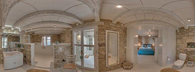 360° Photo,Bedroom right,ensuite bathroom, dryer, Washingmaschine,