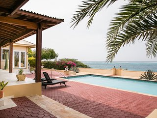 Recently Renovated - Ocean View - Villa on the Rocks w/Pool + Car