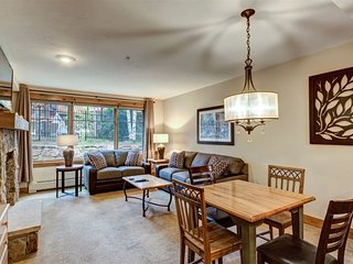 1 Bedroom Condo - Ground Floor- Premier Location!  Walk to Town & Gondola.