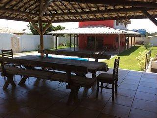Vaste maison avec piscine et carbet