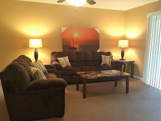 Chic Downtown Rutherfordton Corp. Apt. 2BR 202A