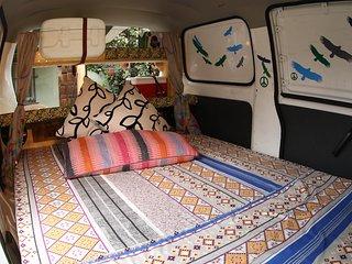 Chilewheels Adventure Arriendo de Campervan y Motos para viajar por Chile.