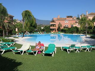 Lovely ground floor garden apartment, Park Beach Estepona/Marbella