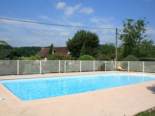 Situé à Cavagnac (Sauvagnac), dans le Haut-Quercy (département du Lot), près du