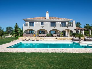 Villa Mali - Luxury and large villa with large private pool and jacuzzi