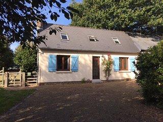 2 bedroom Cottage, sleeps 4 With large garden