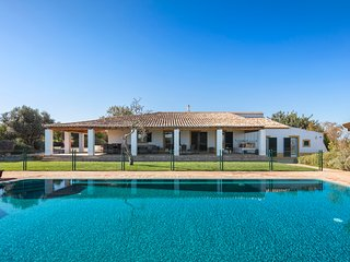 Villa Salicos 14 - Large villa with private fenced pool. Perfect for small kids