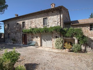 3 bedroom Villa in Radda in Chianti, Tuscany, Italy : ref 5678530