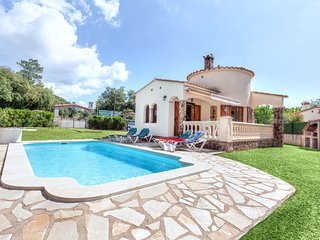 2 bedroom Villa in Les Cabanyes, Catalonia, Spain : ref 5515333