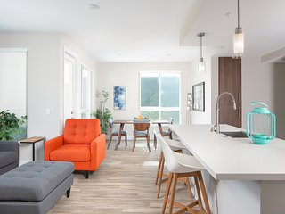 Luxury Collection | Upscale OC Apartments Homes 23R