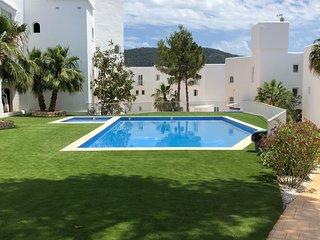 Casa Vadella Ibiza con bellissima piscina all'aperto!