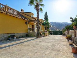 Villa Felicity, Villa con Piscina ideal para Niños