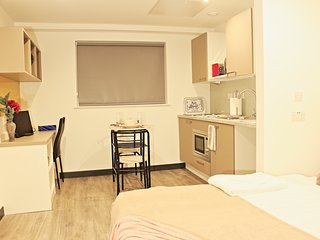 Central Luton studio apartment with modern decor (Apartment 445)