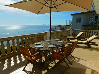 2-storey house with magnificent sea views in Canyelles, Roses, Costa Brava