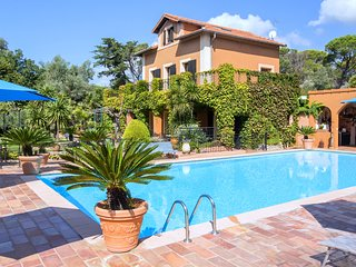 4 bedroom Villa in Frejus, Provence-Alpes-Cote d'Azur, France - 5238641