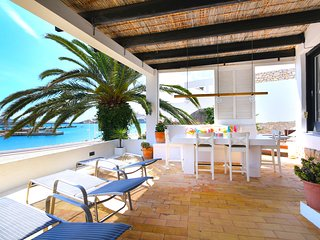 DREAM LOCATION-IBIZA TOWN! Walking distance to TALAMANCA BEACH & MARINA BOTAFOCH