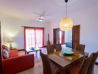 Caribbean Experience Playa Bvaro 3r. Office 2PH