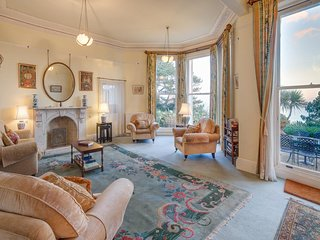 Longcroft House - Grade 2 Listed Victorian Villa - Sea Views