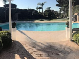 Villa Ares con piscina