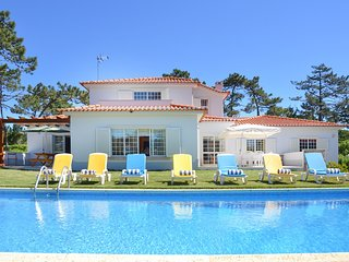 6 bedroom Villa in Praia das Maçãs, Lisbon, Portugal : ref 5679255