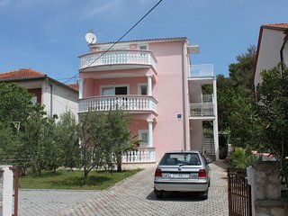 Two bedroom apartment Vodice (A-6180-a)