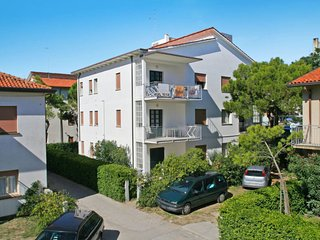 3 bedroom Apartment in Lido di Jesolo, Veneto, Italy : ref 5641368