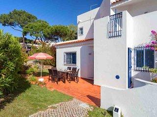 3 bedroom Villa in Vale do Lobo, Faro, Portugal : ref 5677945