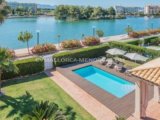 4 bedroom Villa in Alcúdia, Balearic Islands, Spain - 5624658